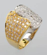 18 kt gold ring with brilliants