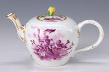 Teapot, Meissen, 1764-73, two cupids