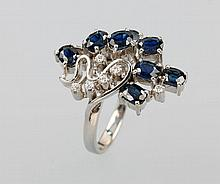 14 kt gold ring with sapphires and brilliants