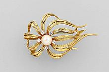 14 kt gold brooch with cultured pearl and 8/8-diamonds
