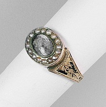 Ring with hair inlay, England approx.1820/30, YG