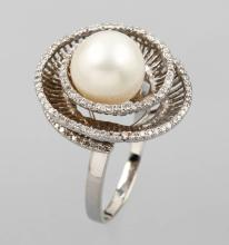 18 kt gold ring with cultured south seas pearland brilliants