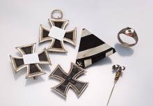 Lot military decorations