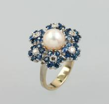 14 kt blossom gold ring with pearl, sapphires and brilliants