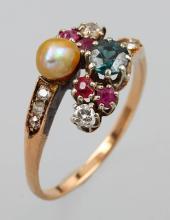 Art Nouveau ring with diamonds
