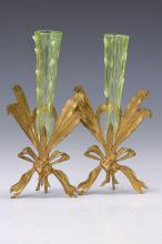 Pair of vases, England, in 1900