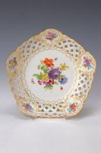 serving bowl., Meissen, 1880-90, floral decor