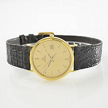 OMEGA wristwatch in 18k yellow gold