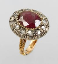 14 kt gold ring with ruby and diamonds