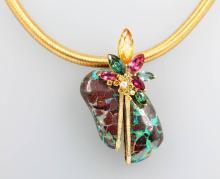 Pendant with Yowanut, coloured stones and brilliants