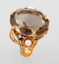 18 kt gold ring with smoky quartz, cultured pearls and brilliants