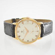 OMEGA 18k pink gold wristwatch with bumper automatic