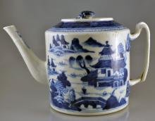 A BLUE AND WHITE EXPORTED TEA POT