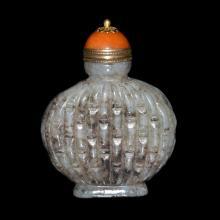 清 玉雕竹节扁鼻烟壶 Qing, A Finely Carved Jade Flask Snuff Bottle with Basket-weaved Bamboo Sections