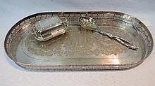 A small silver lidded entree dish, Birmingham