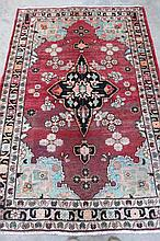 A Mahal traditional rug, floral border to border