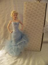 FRANKLIN HEIRLOOM MARILYN MONROE NO BUSINESS LIKE SHOW BUSINESS PORCELAIN DOLL 19