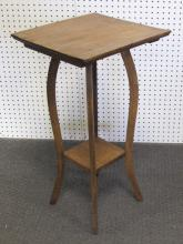 VICTORIAN OAK PARLOR TABLE OR PLANT STAND