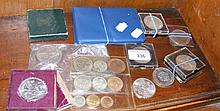 Various collectable coinage including crowns and