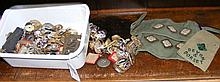 Various collectable military buttons, badges, etc