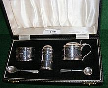 Silver condiment set in presentation case