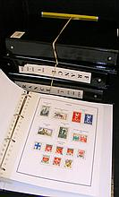 An extensive collection of French postage stamps contained in six black alb