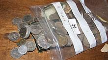 A selection of collectable coins and banknote, etc.