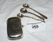 Silver vesta case, mustard spoons