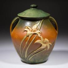 ROSEVILLE ART POTTERY ZEPHYR LILY COOKIE JAR