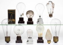 ASSORTED MANUFACTURERS LIGHT / LAMP BULBS, LOT OF 11