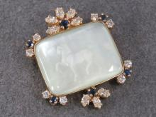 14K YELLOW GOLD CARVED MOTHER-OF-PEARL BROOCH
