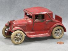 VINTAGE ARCADE CAST IRON FORD 3-WINDOW MODEL A COUPE #106-R, SIGNED C.1927. LENGTH 7