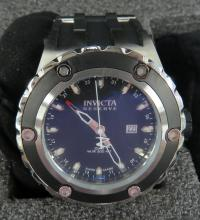LOT (2) INCLUDING INVICTA RESERVE STAINLESS/BLACK POLY, SUBAQUA GMT, MODEL 6177, QUARTZ WRISTWATCH (52MM) AND INVICTA/PELICAN WATERPROOF/DIVE IMPACT (3) SLOT COLLECTOR WATCH CASE