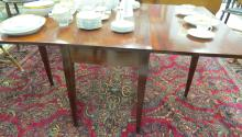 FEDERAL MAHOGANY DROP LEAF TABLE. HEIGHT 29