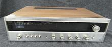 VINTAGE REALISTIC STA-77 AM/FM STEREO RECEIVER