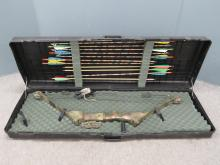 BROWNING XCEL-ERATOR COMPOUND BOW AND ARROWS (WITH HARD CASE)