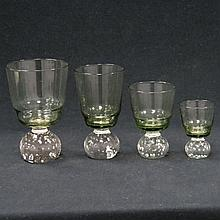 SET GREEN PAPERWEIGHT BASE STEMWARE