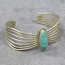 SOUTHWEST AMERICAN INDIAN DESIGN BRACELET