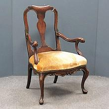 GEORGIAN STYLE PARCLE GILT WALNUT ARMCHAIR