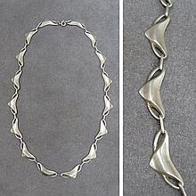 MODERN DESIGN STERLING NECKLACE