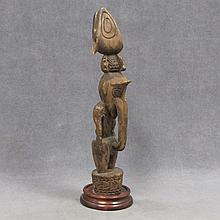 VINTAGE SEPIK RIVER (NEW GUINEA) FIGURE