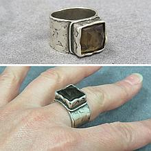 DESIGNER MODERN SILVER AND CITRINE RING