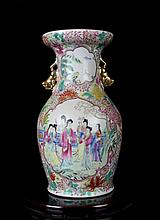 An Excellent Antique Chinese Qing Gilt Famille Rose Open Figures Porcelain Vase