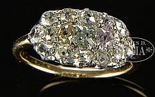 PLATINUM & 14K MULTICOLOR DIAMOND RING.