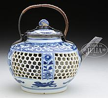 BLUE AND WHITE PORCELAIN DOUBLE WALL TEAPOT.
