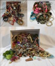 Costume Jewellery, ropes of beads, mainly odd earrings, some pairs & necklaces, bangles etc.