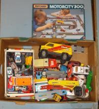 Matchbox, Corgi & other toys inc. Motor City 300, aeroplanes, racing cars, etc. (1 Box)