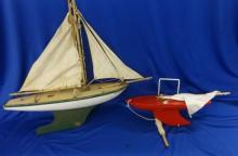 Pond Yacht Northern Star with twin sails, white/green hull & Small Red Hulled Star Yacht (2)