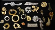 Grouping Of 23 Costume Pins