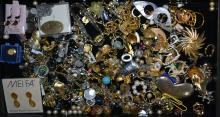 Assorted Lot of Vintage Costume Jewelry